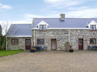 TUSKAR, pet friendly, character holiday cottage, with a garden in Kilmore Quay, County Wexford, Ref 3834 - Rosslare Harbour vacation rentals