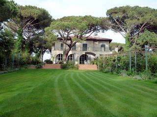 Villa Tomboli - Campiglia Marittima vacation rentals
