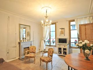 Temple Charme Apartment in Paris - Paris vacation rentals