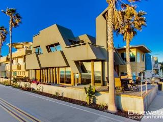 Mission Beach Icon - Ocean Front Home - Pacific Beach vacation rentals