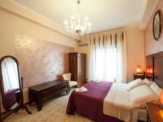 IL Pesco, Elegant Mediterranean Style Apartment - Trapani vacation rentals
