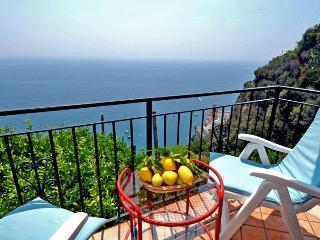 IL POSTINO - 2 Bedrooms - Castiglione di Ravello - Ravello vacation rentals
