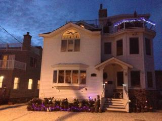 Awesome Views,Great Entertaining House,Sleeps 8-16 - Long Beach Island vacation rentals