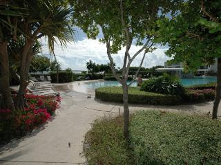 Opulence in an island setting ~ 809 Mariners Club - Key Largo vacation rentals