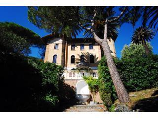 View of Villa Montale from the Garden - Villa Montale Apartment I Limoni Monterosso 5terre - Monterosso al Mare - rentals