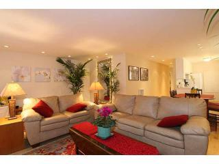 Living Room (view from fireplace) - Venice Beach Gem  400 feet to Beach  2bdrm/2bath - Los Angeles - rentals