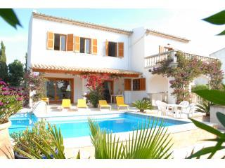 Vista Montana.private pool,beach,cycling,near town - Cala San Vincente vacation rentals