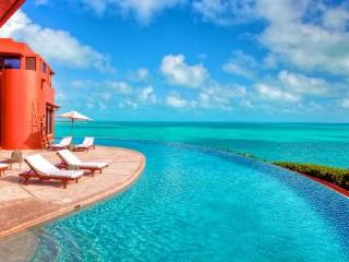 Bajacu - Aldaco designed - 2 Dramatic Infinity Pools and Infinite Luxury - Turks and Caicos vacation rentals