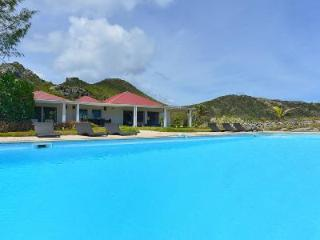 Caribbean Breeze has marvelous sea views, large private garden and housekeeping - Anse Des Cayes vacation rentals