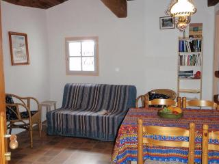 Cottage de la montee St Roch - Tuchan vacation rentals