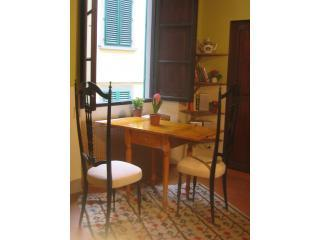 Cozy Little Studio in Florence, Italy - Borgo San Lorenzo vacation rentals