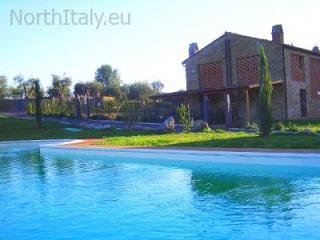 Apartment with swimming pool in Chianti - Barberino Val d'Elsa vacation rentals