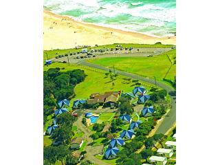 25 unique cabins right of Short Point Beach - Beach Cabins Merimbula 2 Bedroom Family Cabins - Merimbula - rentals