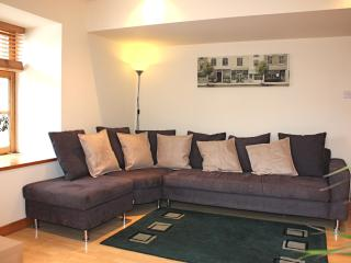 Shoreside Apartment  -  Superb Quality Flat - Edinburgh vacation rentals