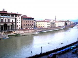 7 Bedroom Promenade with River Views - Florence vacation rentals