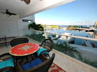3 bedroom luxury marina villa ~ 126 Mariners Club - Key Largo vacation rentals