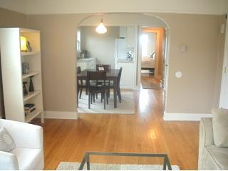 Spacious light filled apartment - The Maple Deluxe Apts In The Heart of Capitol Hill - Seattle - rentals