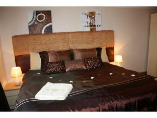 Robertsbridge Retreat at Cornhill Luxury Apts - Bexhill-on-Sea vacation rentals