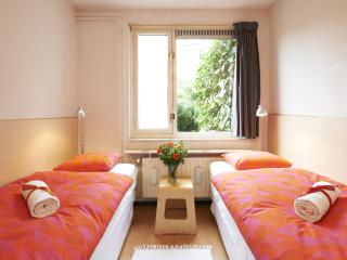 @ Daniel's (Garden View Room) - Award Winner - Amsterdam vacation rentals