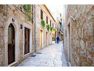 House entrance/Entire home - APARTMENT SONJA-SPLIT OLD TOWN-Authentic home - Split - rentals