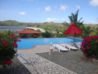 Lux 2 Bed - Stunning Views - Pool - Beachfront - Panama vacation rentals