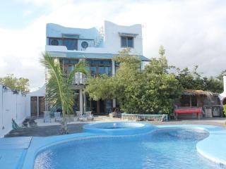 Galapagos Ocean Front Villa: - La casa di Furio - Puerto Ayora vacation rentals