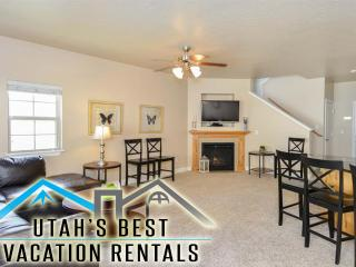 Luxury Gated Ski Home+PingPng,Bball Court,Playgrnd - Salt Lake City vacation rentals