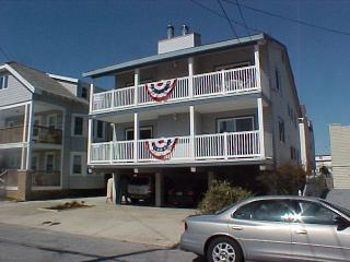 IN THE HEART OF AMERICA'S GREATEST FAMILY RESORT - Ocean City vacation rentals