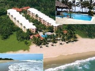 View of complex from above - BEACHFRONT! SAFE NICE EXPAT BLDG! LONG SHORT TERM - Cabarete - rentals