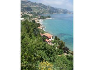 villa d'arte,charming seaview apartment - Imperia vacation rentals