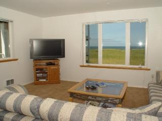 #321 - Ocean View Condominium - Southern Washington Coast vacation rentals