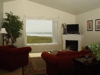 #631 - Top Corner with Stunning Ocean View - Westport vacation rentals
