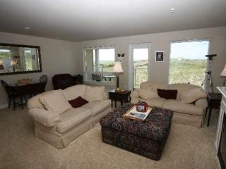 #928 - GREAT PRICE - Dynamic Northwesterly Ocean and Jetty View - Westport vacation rentals