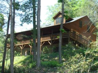 Brookwood - Beautiful Log Cabin - Great Location - Boone vacation rentals