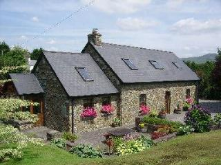 Glengarriff Holiday Home.Exceptional stone cottage - Dunmanway vacation rentals