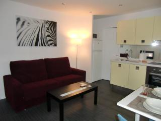 Barcelona Beach - Stylish apartment in Barceloneta - Barcelona vacation rentals