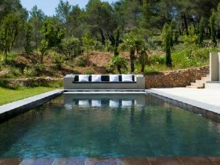Wonderful 5 Bedroom Vacation House, in Aix en Provence - Auriol vacation rentals