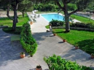 Stunning 6 Bedroom Villa Holiday Rental with a Pool, Aix En Provence - Aix-en-Provence vacation rentals