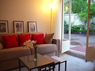 Calm & Lovely Apartment Mouffetard Market in Paris - Paris vacation rentals