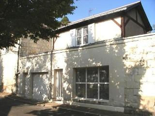 Romantic gîte in the heart of Saumur town - Doue-la-Fontaine vacation rentals