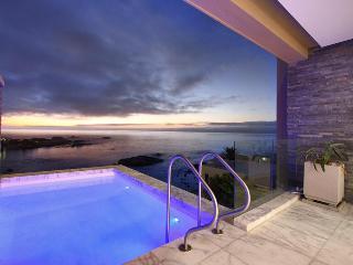 Bali Place, Luxury 4 bed Camps Bay villa - Camps Bay vacation rentals