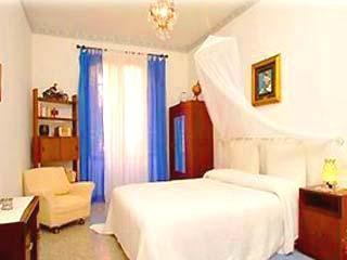 Bedroom A - With authentic antique furnitures and a matrimonial bed. A third bed can be added. - 2 Bedrooms/ 2 Baths LOVELY HOME By The Colosseum - Rome - rentals