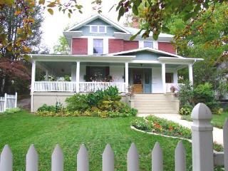 Elegant Downtown Home, 4 Min to Biltmore Estate - Candler vacation rentals