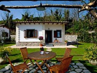 Villino Alfredo C - Sant'Agata sui Due Golfi vacation rentals