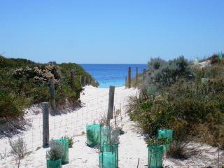 MULLALOO BEACH BREAK - Western Australia vacation rentals
