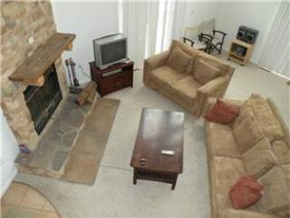 711-Terp's Hideaway - Oakland vacation rentals