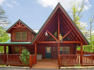 2 Bedroom Luxury Cabin with 2 Master Suites and Private Deck - FREE wireless! - Gatlinburg vacation rentals