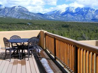 Casa Vistas - Taos vacation rentals