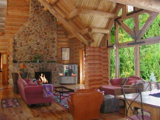 El Salto Log Home Compound - Taos vacation rentals