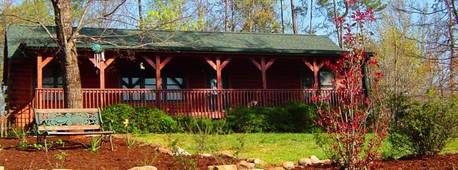 Welcome to your vacation home away from home! - Home away from Home - Relax at Sadie's Retreat! - Lake Lure - rentals